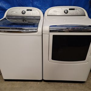Whirlpool Washer And Electric Dryer Set Good Working Condition Set For $349 for Sale in Lakewood, CO