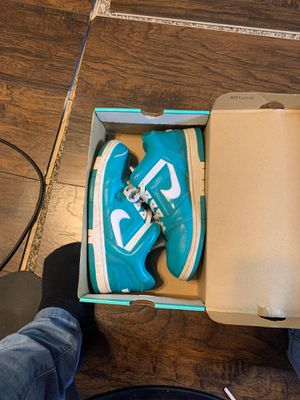 """NIKE SB """"SUPREME"""" COLLAB SIZE 10 for Sale in West Allis, WI"""
