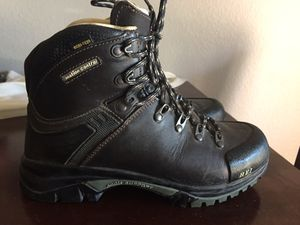 REI women's size 7 backpacking boots. for Sale in Colorado Springs, CO