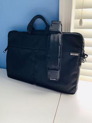 Incase Black Faux Fur Laptop Case w/ Adjustable Shoulder Strap for Sale in Springfield, VA