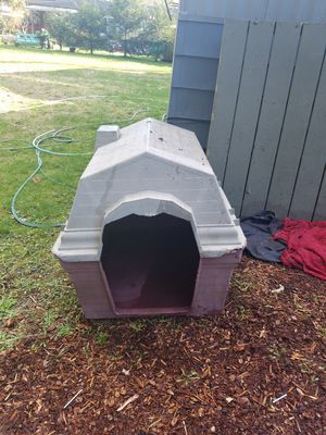 Dog house for Sale in Snohomish, WA