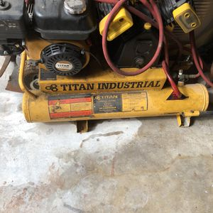 Titan Industrial Commercial Air Compressor 8 Gallon Intek 206 5.5 HP Electric for Sale in Hollywood, FL