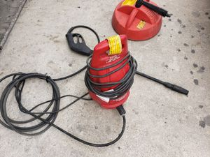 1400 psi,electric pressure washer with accessories for Sale in Kissimmee, FL