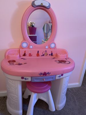Step 2 Pink and White Girls Vanity for Sale in Virginia Beach, VA