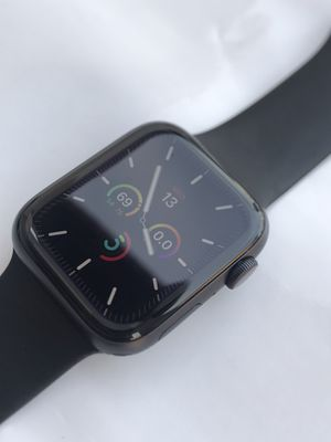 Apple Watch Series 5 ( 44mm ) GPS+Cellular Space Gray Aluminum Plus Apple Warranty for Sale in Hacienda Heights, CA