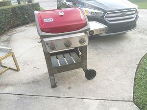 Weber grill for Sale in VLG WELLINGTN, FL