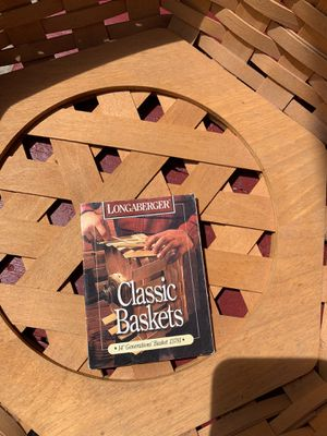 Octagon longaberger basket for Sale in Columbus, OH