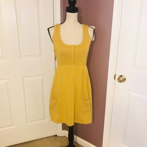 Yellow knit dress with front pockets for Sale in NEW CARROLLTN, MD