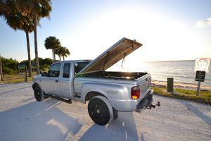2001 Ford Ranger XLT 4x4 for Sale in Tampa, FL