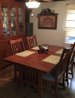 Dining Room Set for Sale in Lincroft,  NJ