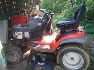 Scotts manufactured by John deere riding lawn mower for Sale in Pelzer, SC