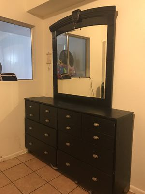 Dresser for Sale in Scottsdale, AZ