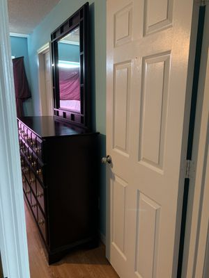 American signature Dresser for Sale in Orlando, FL