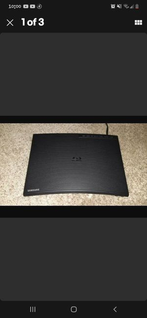 Samsung BD-JM57 Blu-ray, DVD and CD. Player with Wi-Fi Streaming for Sale in Fort Worth, TX