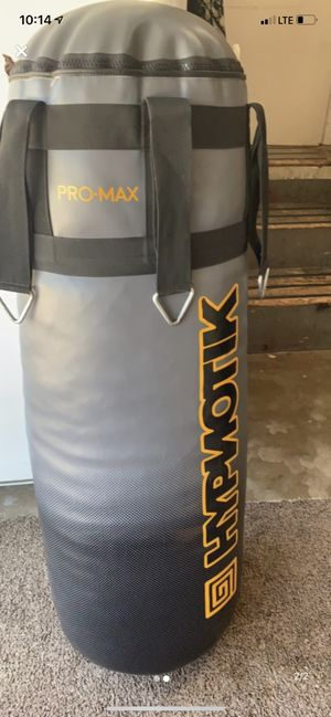 Hypnotik 75lbs MMA heavy bag for Sale in Claremont, CA