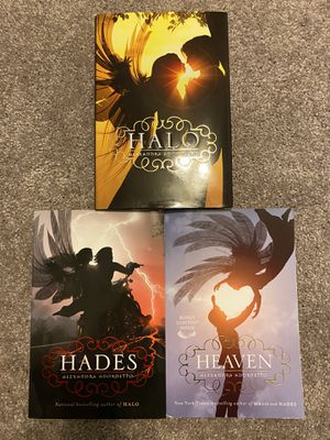 Assorted Halo trilogy books for Sale in Tucson, AZ