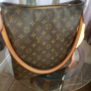Louis Vuitton Looping GM Authentic for Sale in Las Vegas, NV