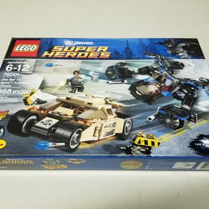 Lego DC Super Heroes 76001 The Bat vs. Bane Tumbler Chase New Factory Sealed Box for Sale in Los Angeles, CA