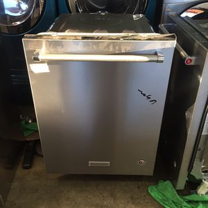 """New KitchenAid Dishwasher 24"""" Wide for Sale in Long Beach, CA"""