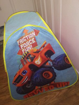 Monster Truck Tent for Kid Boys (Camping use) for Sale in Fresno, CA