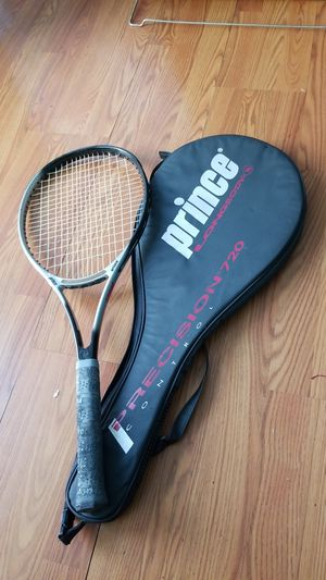 Prince Tennis Racket for Sale in Oxon Hill, MD