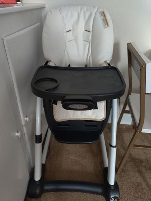 Graco Infant/Toddler High Chair/Booster Seat Combo for Sale in Queens, NY