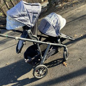 Uppababy Vista Double for Sale in Marlborough, MA