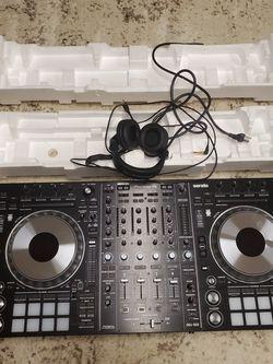 PioneerDDJ-SZ2 Professional DJ Controller with Serato DJ for Sale in Marietta,  GA
