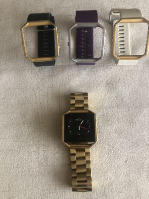 Smartwatch FitBit Versa for Sale in Orlando, FL