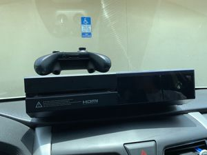 Xbox one for sale, controller, headphones and a game included with all the cables for Sale in HALNDLE BCH, FL