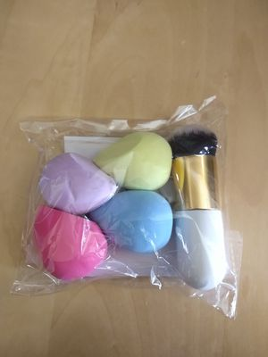 4+1 Pcs Makeup Sponges with Powder Brush for Sale in Costa Mesa, CA