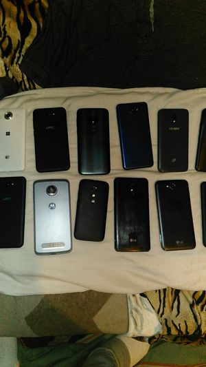 PHONES (PACKDEAL) GROUP for Sale in Los Angeles, CA