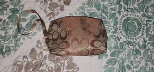 Coach pocket purse for Sale in Alexandria, VA