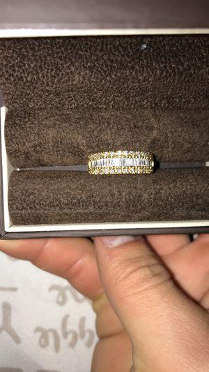 18k gold ring .81ct diamonds for Sale in Rialto, CA