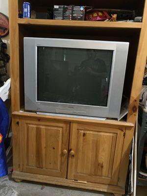 32 inch TV plus entertainment center for Sale in Litchfield Park, AZ
