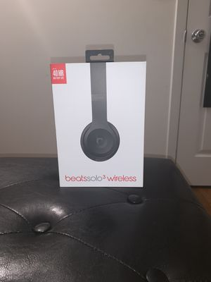 Beats 3 Wireless ( Hit me up with offers ) Meets Only for Sale in Brooklyn, NY