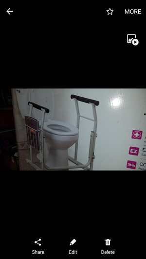SAFETY BARS FOR TOILET for Sale in Montebello, CA
