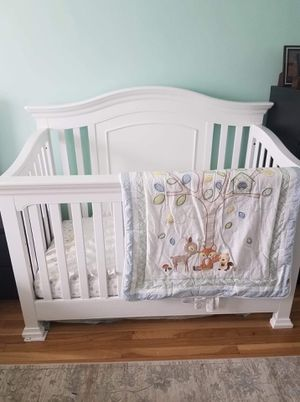 Baby crib for Sale in The Bronx, NY