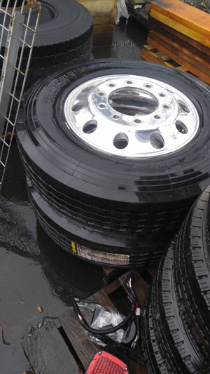 Front truck tires 295/75/22,5 for Sale in Seattle, WA