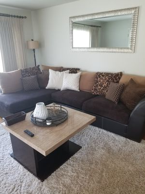 Couch sectional for Sale in Fresno, CA