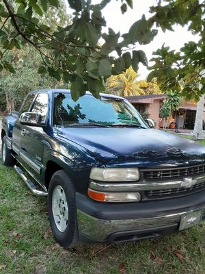 Chevy Silverado for Sale in Miami, FL