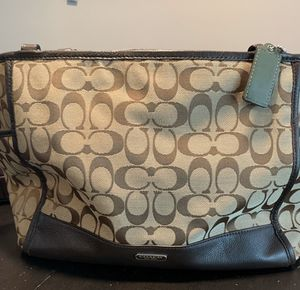 Coach tote bag for Sale in Fort Lauderdale, FL