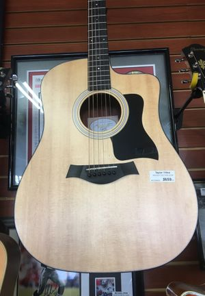 Taylor 110ce walnut edition 2018 electric/acoustic guitar for Sale in Los Angeles, CA