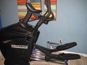 Octane Fitness Q45e Elliptical Crosstrainer for Sale in Beaverton, OR