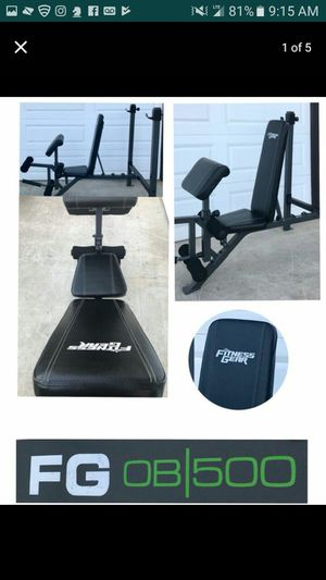 Fitness Gear OB 500 Weight-Bench and 7ft.Olympic straight-bar for Sale in Sanatoga, PA