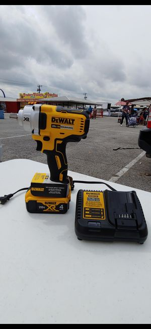Dewalt 1/2in Impact wrench kit for Sale in Fairview, TX