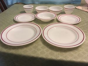 Lot of 9 Pyrex Burgundy Double Striped Bowls And Plates. for Sale in Miami, FL