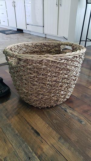 Large basket 🧺 for Sale in East Wenatchee, WA
