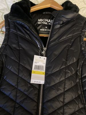 Michael Kors new size medium $45 for Sale in Las Vegas, NV