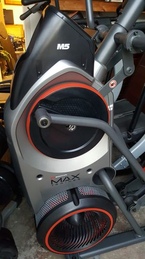 Bowflex Max Trainer M5 (Can Deliver) for Sale in Long Beach, CA